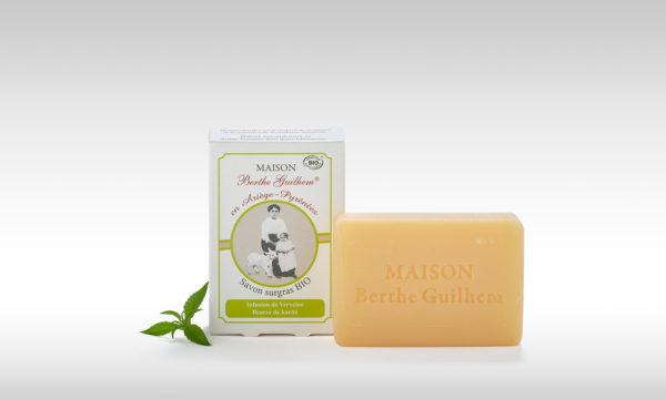 Savon sans huile de palme au lait de chèvre beurre de karité/verveine